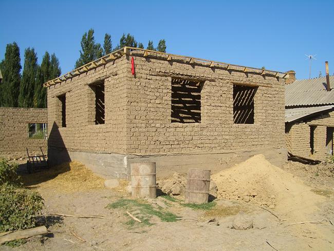 Постройка саманного дома